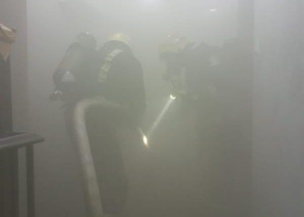صور حريق في شقة أبو عريش
