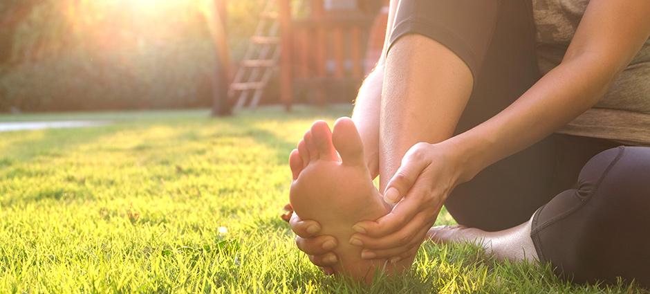 علاج النقرس بالأعشاب الطبيعية ونصائح الطب النبوي