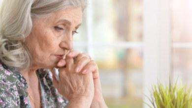 صورة أعراض وتوقيت سن اليأس