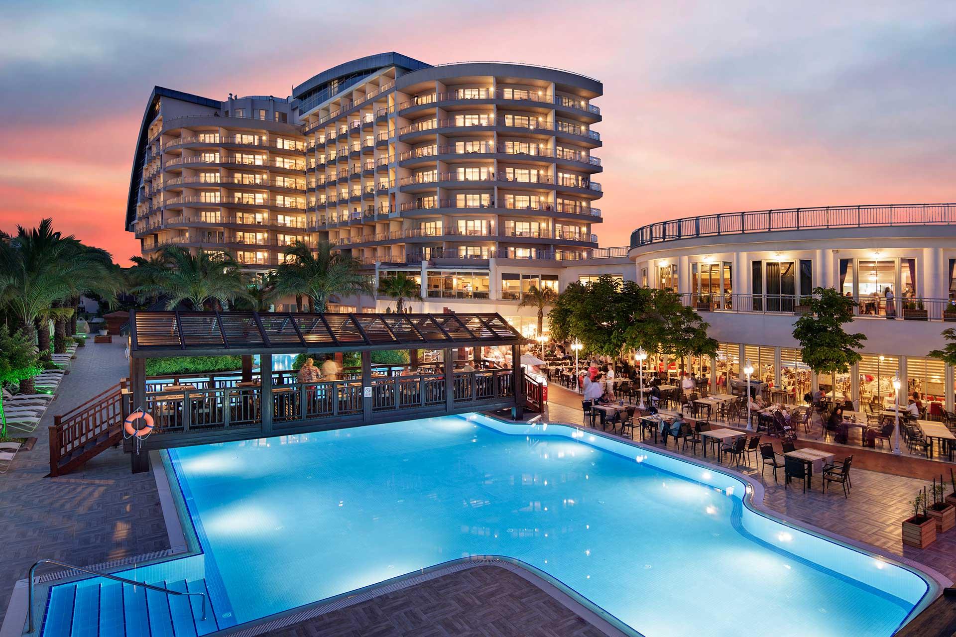 فنادق 4 نجوم بالطائف
