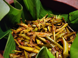 POTOL BHAJA