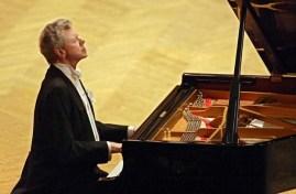 AP photo Feb. 27: Van Cliburn, pianist