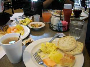 Hawaii Vacation - Embassy Breakfast