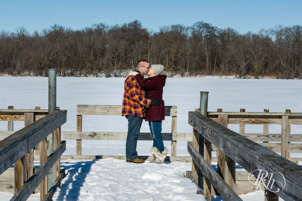couple kissing on dock of Cleary Lake