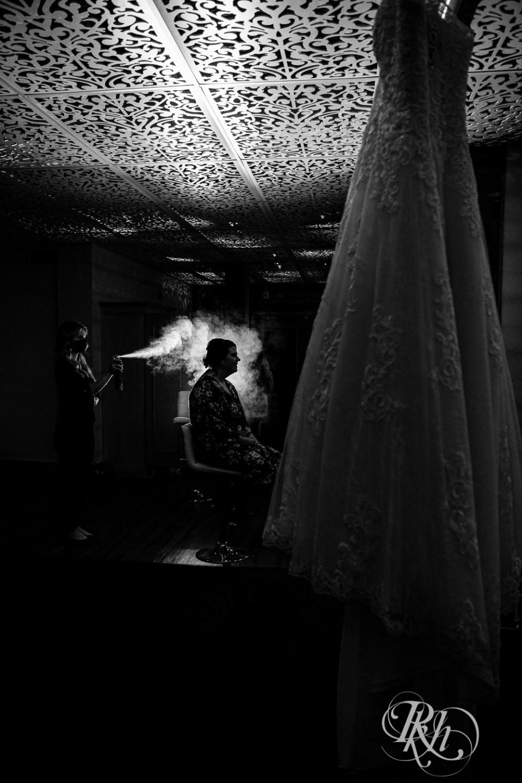 wedding hairspray getting ready