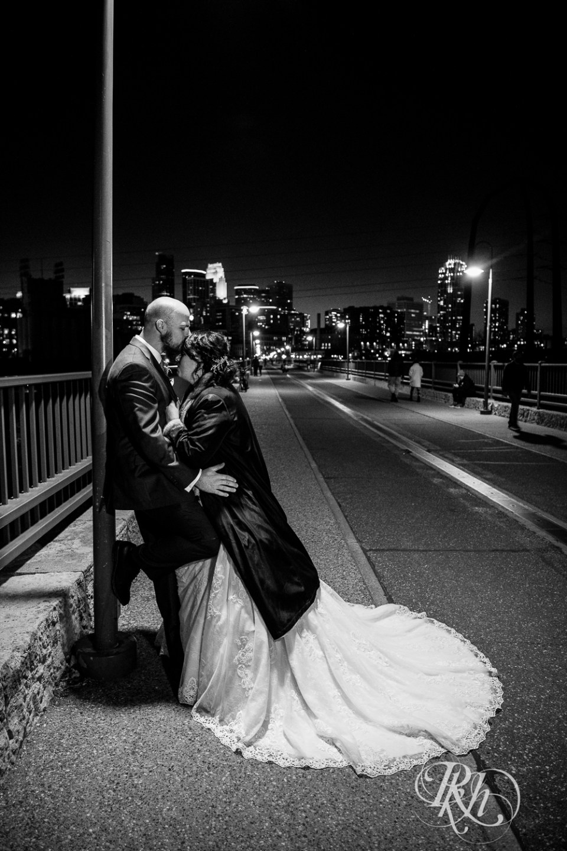 november wedding stone arch bridge bride groom