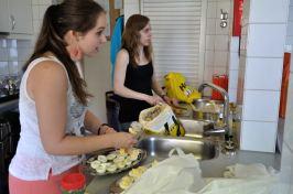Voorbereidingen in de keuken...