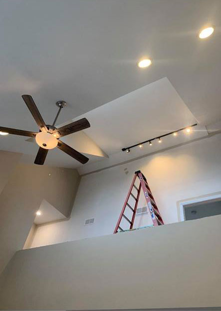 track lighting and ceiling fan work