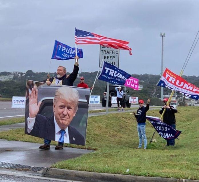 Flags4Trump Flag Waving @ Clemont