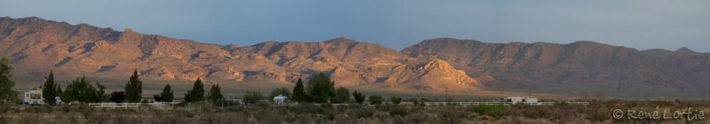 Les montagnes Peloncillo du Nouveau-Mexique vues du camping