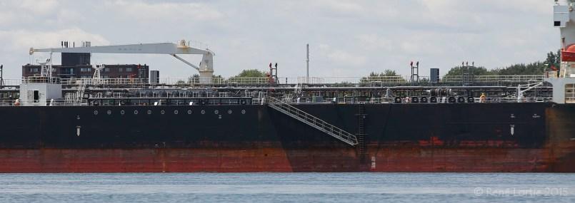 Bateau dans le port de Montréal