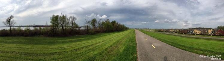 La piste cyclable le long du Mississipi