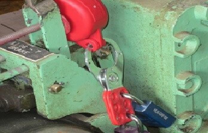 Scissor locking in isolation