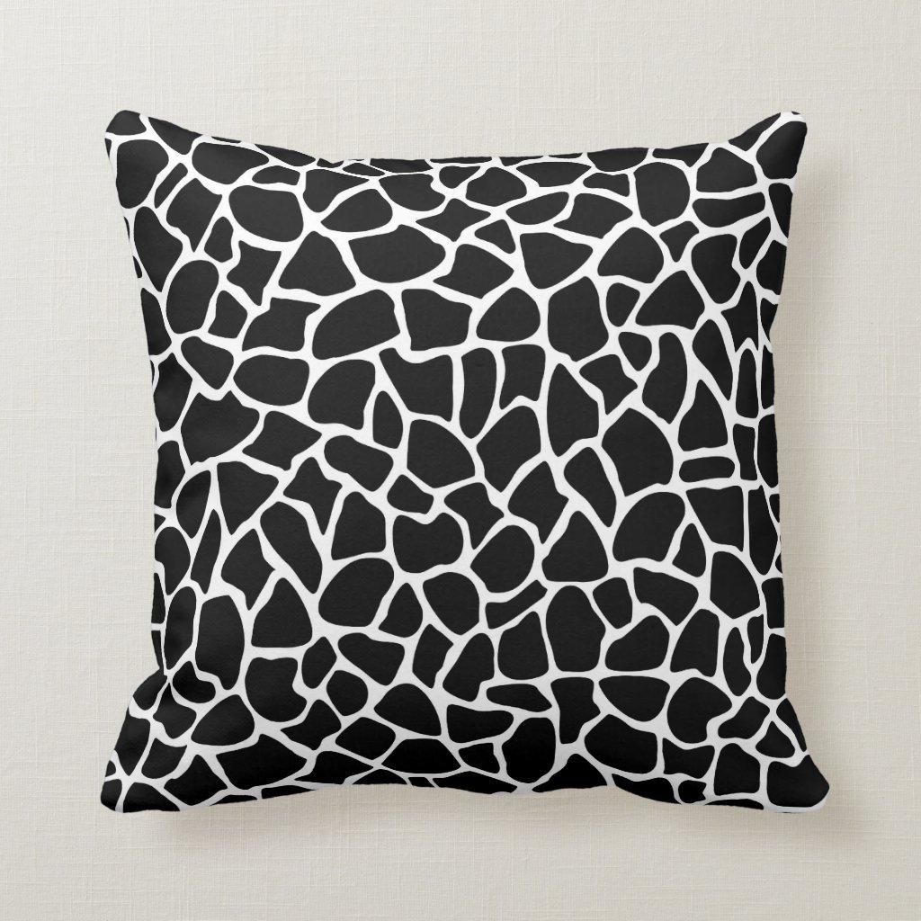 Black and White Animal Print Giraffe Pattern