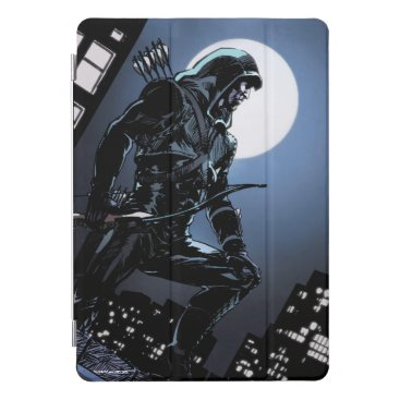 Arrow | Green Arrow In Moonlight iPad Pro Cover