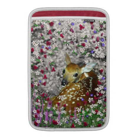 Bambina the White-Tailed Fawn in Flowers I Sleeve For MacBook Air