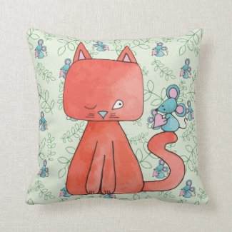Cute Mouse Loves Kitty Cat Throw Pillow