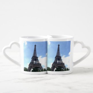 Eiffel Tower in Paris Lovers Mug Sets