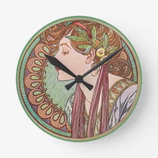 Green Goddess Art Round Wallclocks