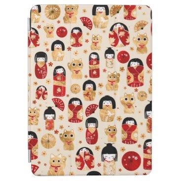Japanese Dolls - Kokeshi and Maneki Neko Cats iPad Air Cover