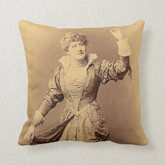 Miss Ellen Terry as Beatrice Throw Pillow