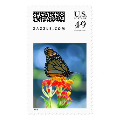 Monarch Butterfly on Tropical Milkweed, Vertical Stamp