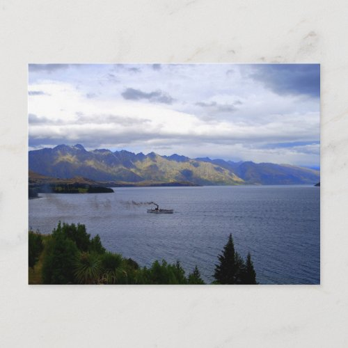 SS Earnslaw on Lake Wakatipu, Queenstown, New Zeal postcard