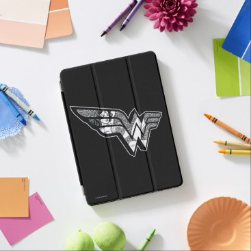 Wonder Woman Sitting In Angled Lace Logo iPad Air Cover
