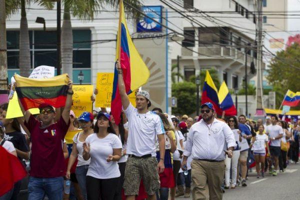 venezolanos-en-RD
