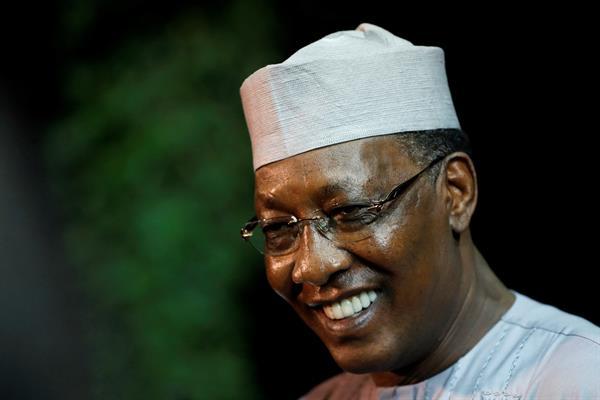 El presidente de Chad, Idriss Déby, que dirigió el país desde 1990, ha muerto a los 68 años, informó hoy el Ejército, un día después de ser declarado ganador de las elecciones del pasado día 11 para un sexto mandato.EFE/EPA/ABIR SULTAN/Archivo