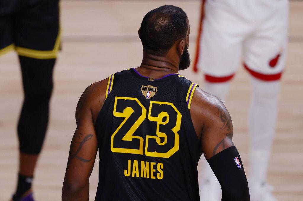 LeBron James  (Foto: Kevin C. Cox/Getty Images/via AFP)