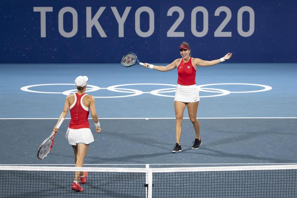 Acción de un partido de dobles femenino en los Juegos Olímpicos de Tokio-2020. (Foto: EFE/EPA/PETER KLAUNZER)