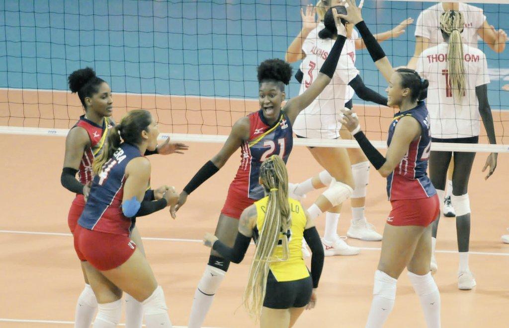 Las Reinas del Caribe celebran su triunfo y el boleto a Santiago 2023. (Foto: Fuente Externa)