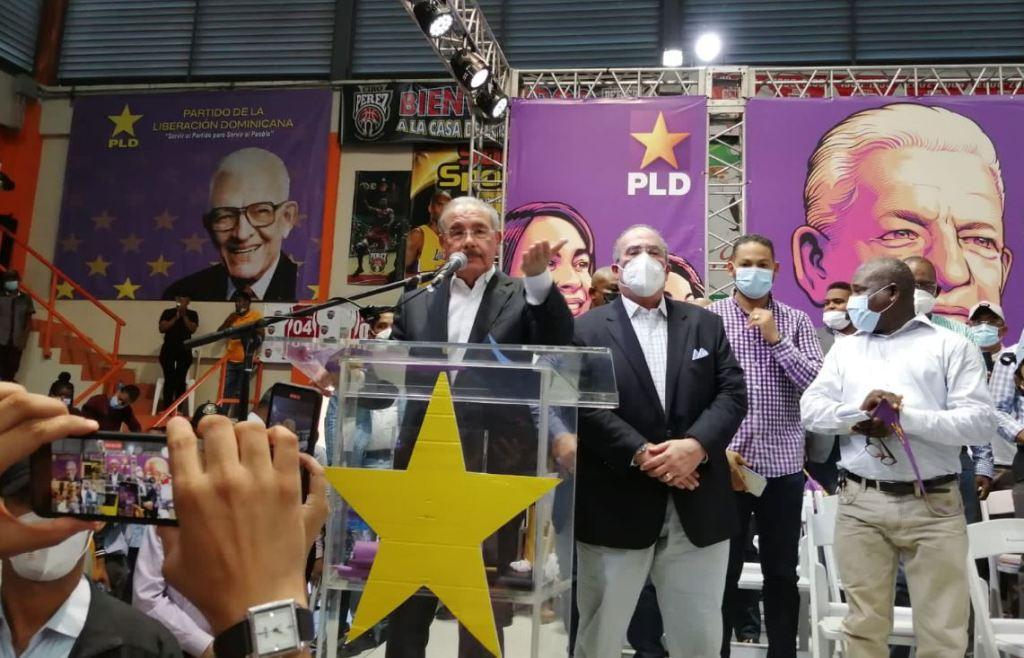 Danilo Medina durante juramentación en San Cristóbal.