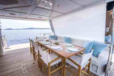 Majesty 100 Aft Seating Area