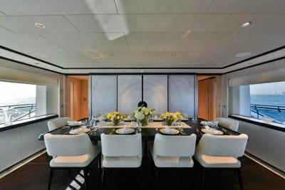 Majesty 120 Dining Area