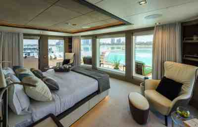 Majesty 175 Owners Stateroom