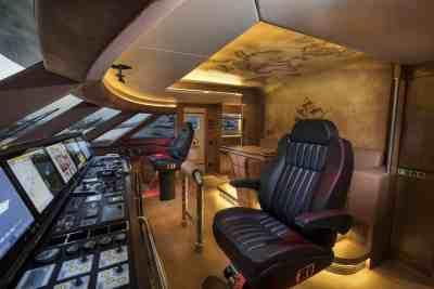 Majesty 155 Wheelhouse