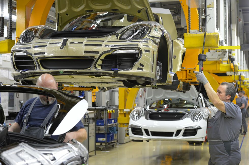 Production line builds both 911s and Boxsters, as shown here. Photo: Thomas Kienzle/AFP/Getty Images