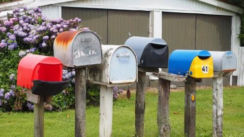 Jeder Briefkasten hat seine Farbe