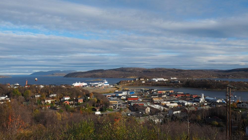 Blick auf den Hafenbereich von Kirkenes
