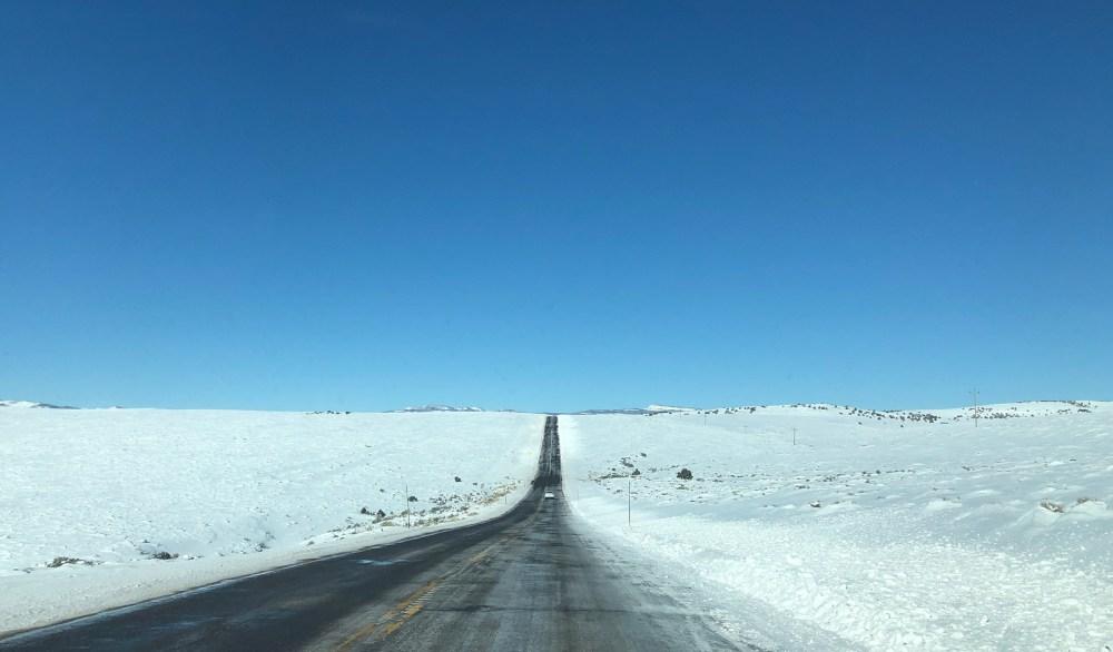 Auf dem Highway 24 in Richtung Westen kurz nach Torrey
