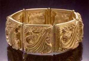 solid gold bracelet-1