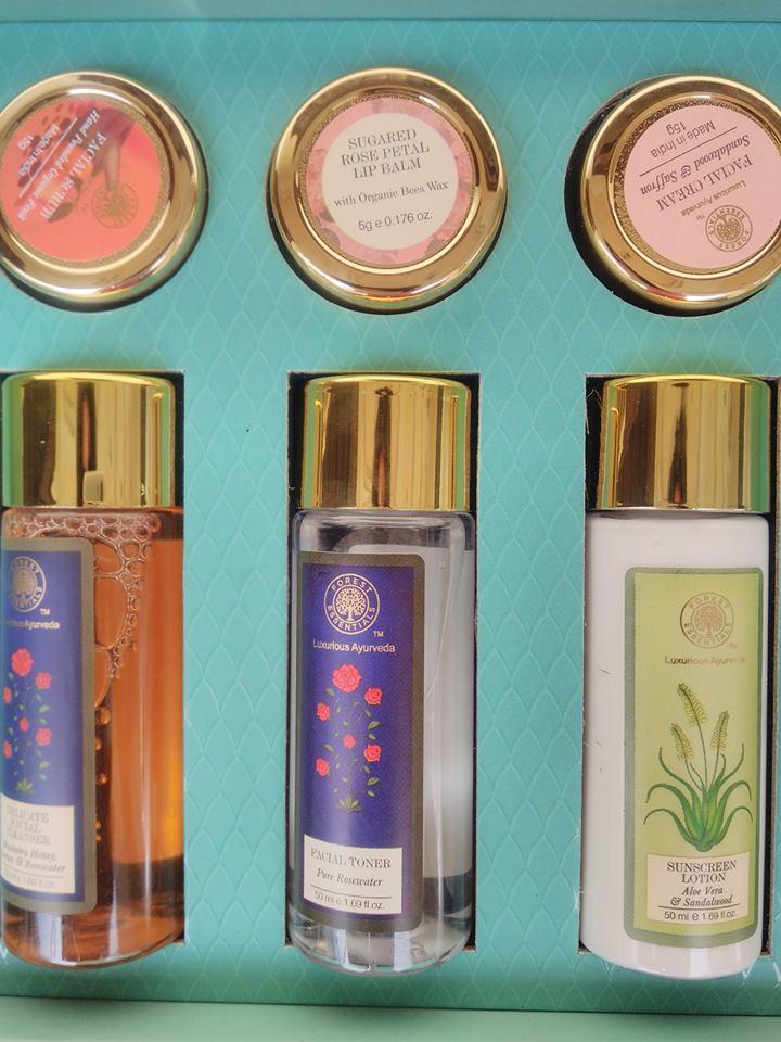 Forest Essentials Mashobra Honey Rosewater Facial Cleanser Review