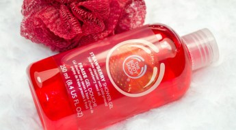 The Body Shop Strawberry Shower Gel Review