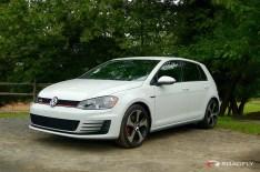 2015_VW_Golf_GTI.15