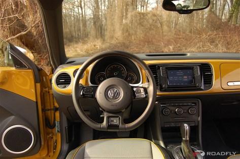2016-VW-Beetle-Dune.07