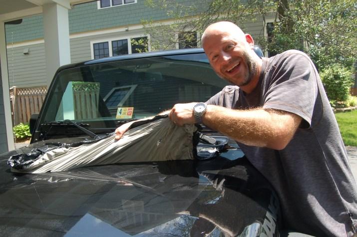 removing black bear jeep sticker