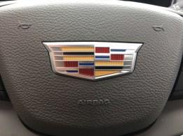 2017-Cadillac-XT5-020q