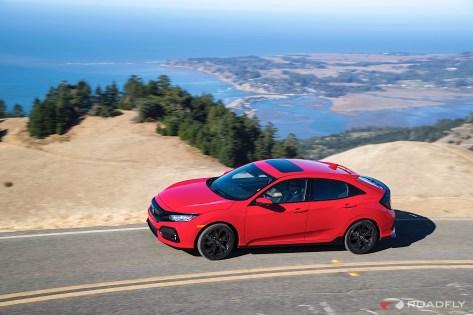 2017-Honda-Civic-Hatchback-01